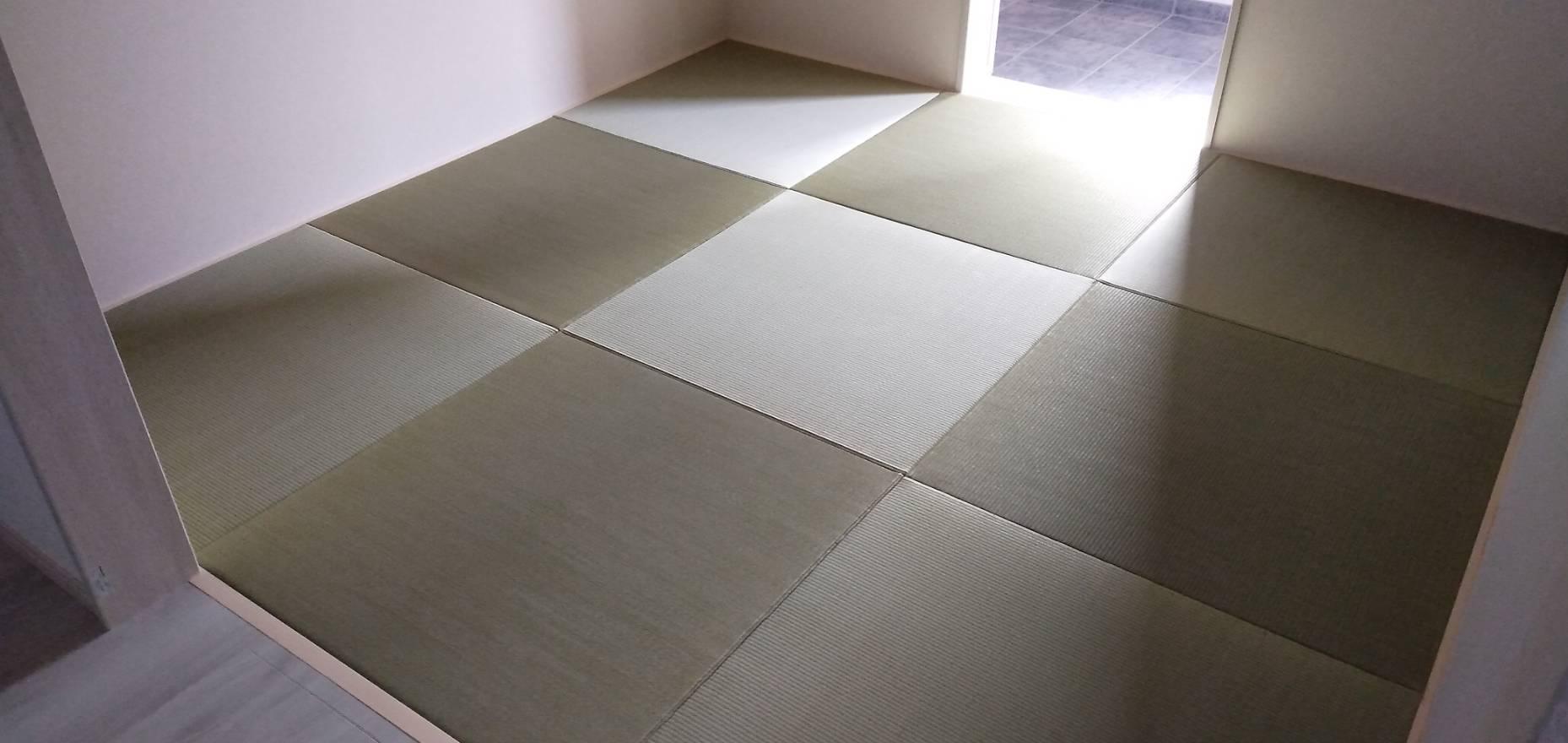 20210515 尼崎市の戸建のお客様に縁なし畳の新調を納品させていただきました。