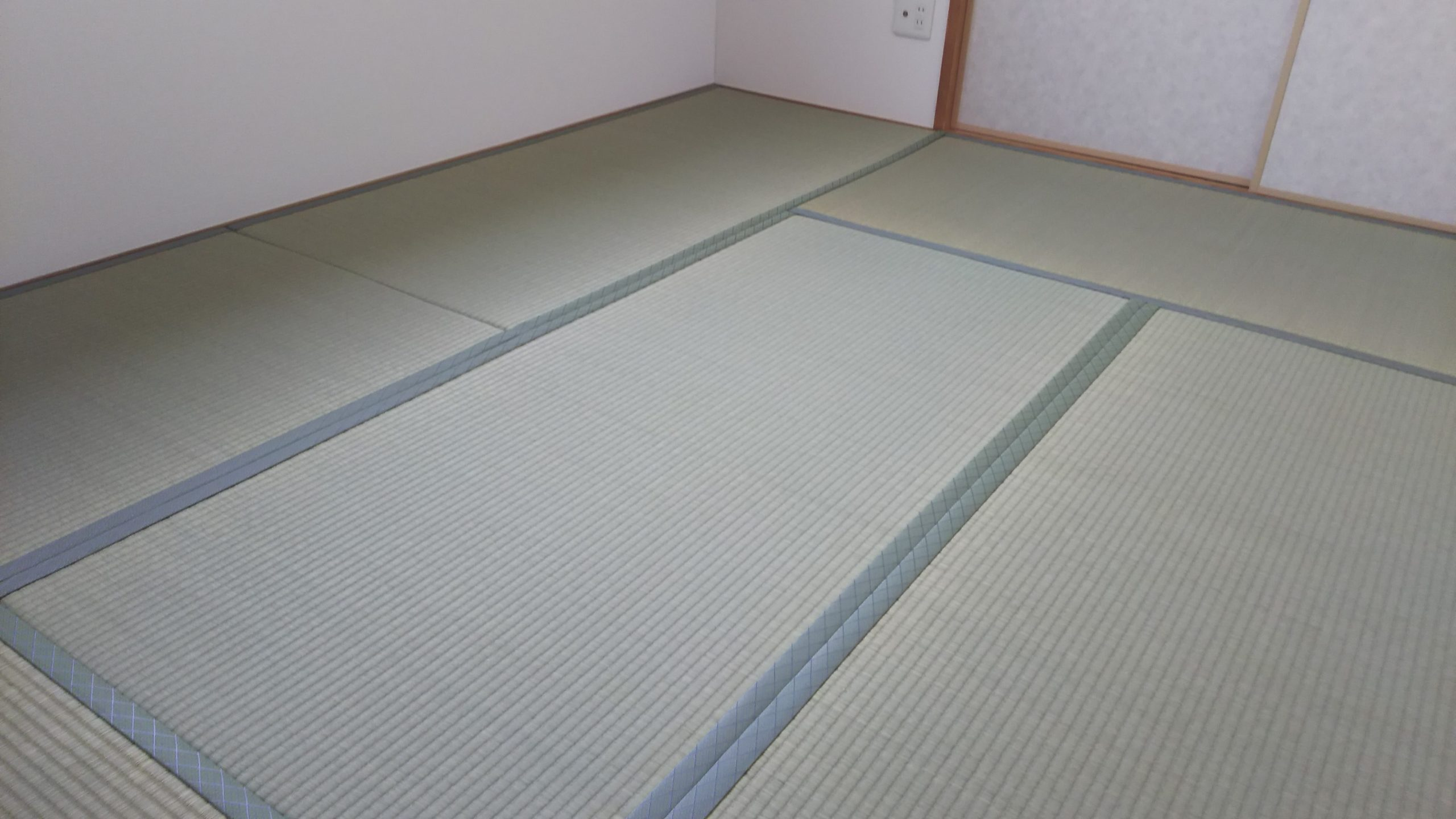 20210802伊丹市のマンションに畳を納品しました。